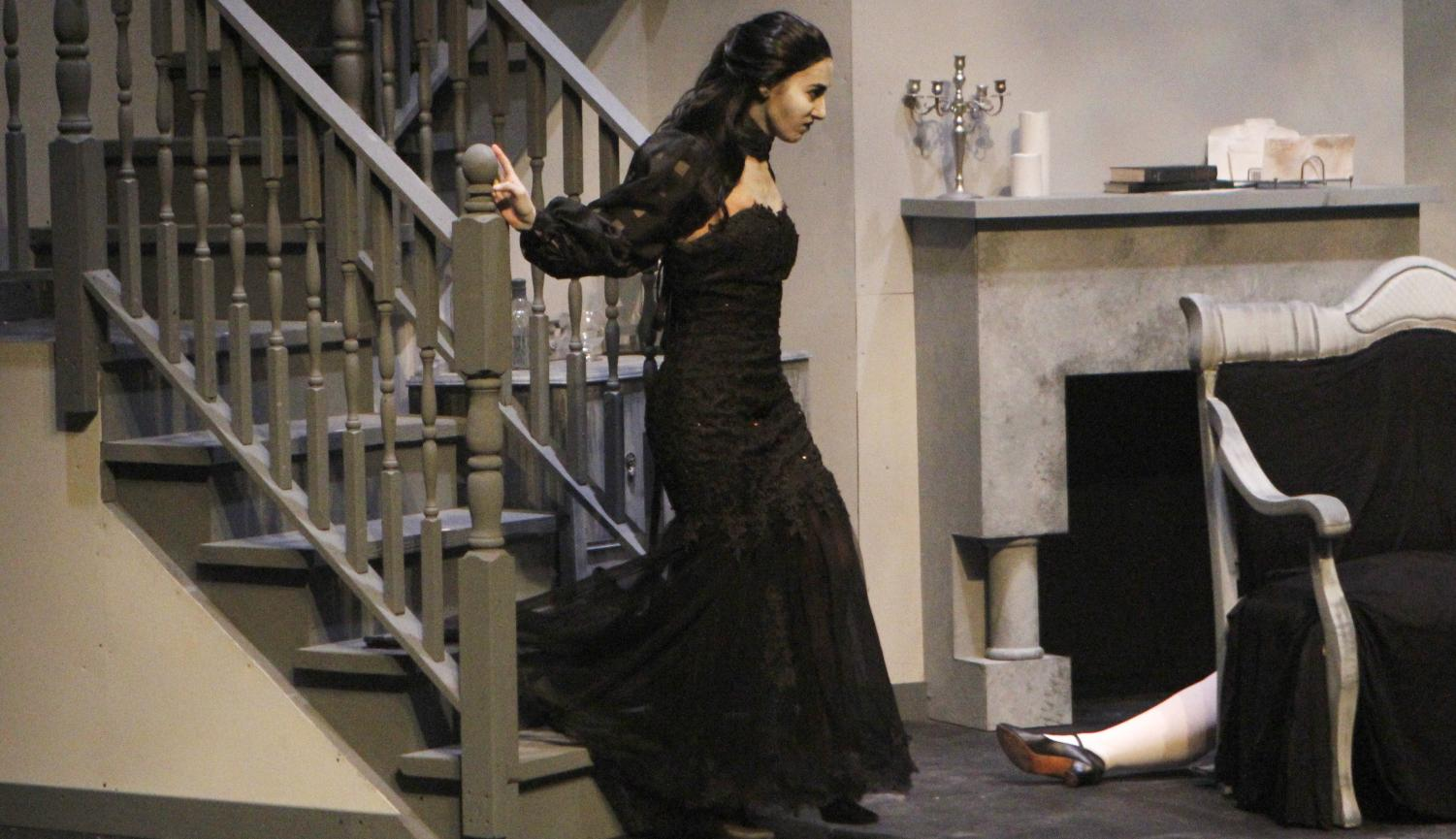 "Producing ""Dracula"" met some obstacles, but work from the entire team including actors, costume designers and set designers led to the play's performance."