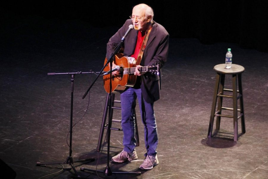 Peter+Yarrow+sings+on+the+stage+of+the+Columbia+Theatre.