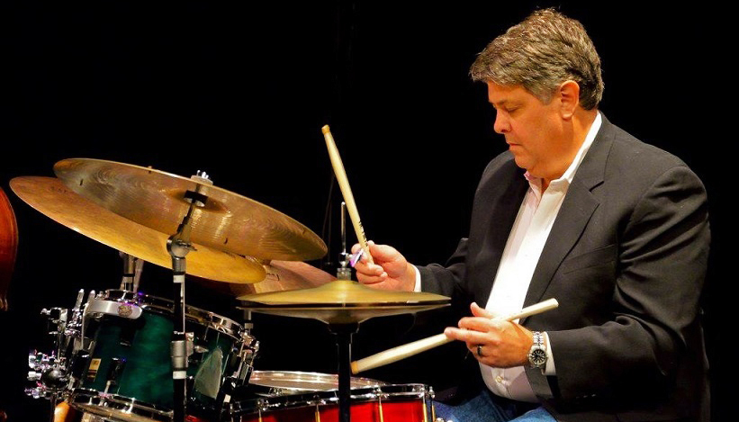 Michael+Brothers+shares+over+40+years+of+drumming+experience%2C+along+with+his+expertise+with+other+percussion+instruments%2C+with+his+students+as+an+instructor+of+jazz+studies%2C+percussion+and+drumline.+