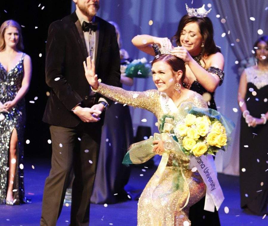 Chelsey Blank, a junior accounting major, was crowned 2019 Miss Southeastern by 2018 Miss Southeastern Alyssa Larose, a junior elementary education and special education major. Blank also won the Talent Award and the Academic Award.