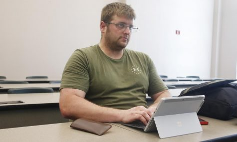 Do laptops hinder or help students?