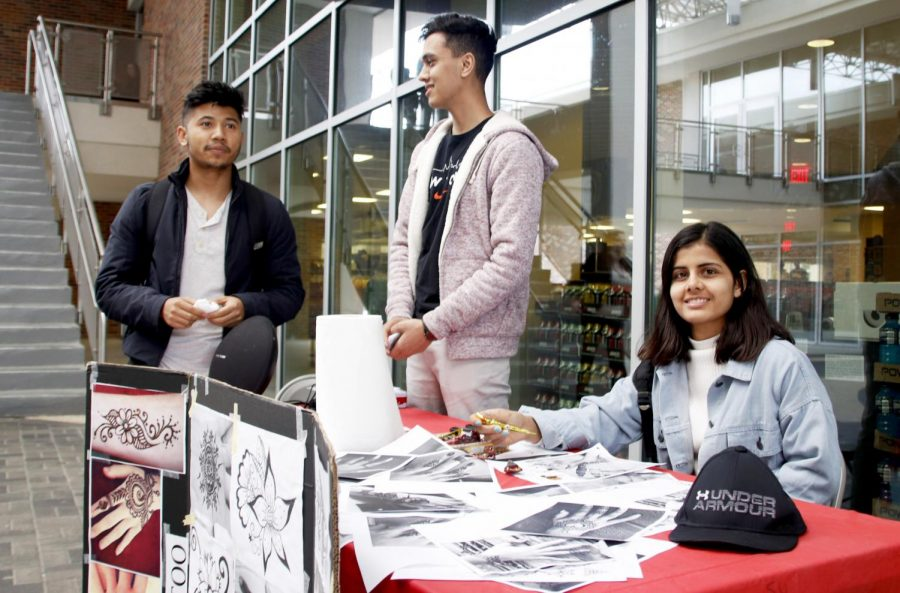 Members+of+the+Nepalese+Student+Association+at+Southeastern+sell+henna+tattoos+to+raise+money+for+their+organization.+The+university+has+123+organizations+students+an+join.