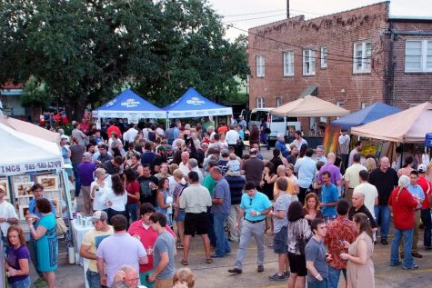 During the Brews Arts Festival, attendees can sample local brewery's finest craft beer. Breweries like Gnarley Barley, Bayou Teche Brewing, Southern Craft Brewing and Tin Roof Brewing Company among others are expected to participate.