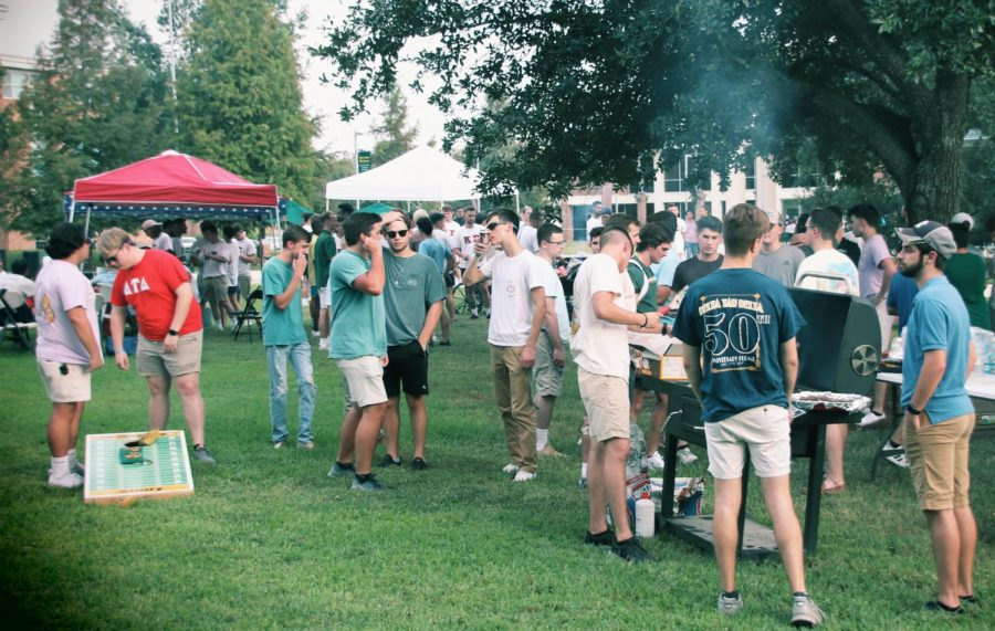Delta+Tau+Delta+was+one+fraternity+that+participated+in+the+%22IFC+BBQ%22+on+Sept.+9.+The+event+created+an+atmosphere+for+fellowship%2C+according+to+some+of+its+attendees.
