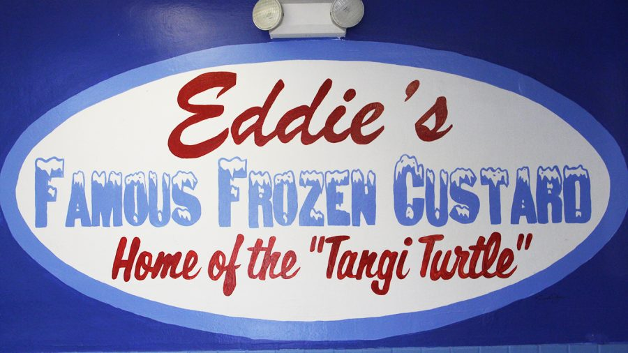 Serving+up+a+family+delicacy+at+Eddie%27s+Frozen+Custard