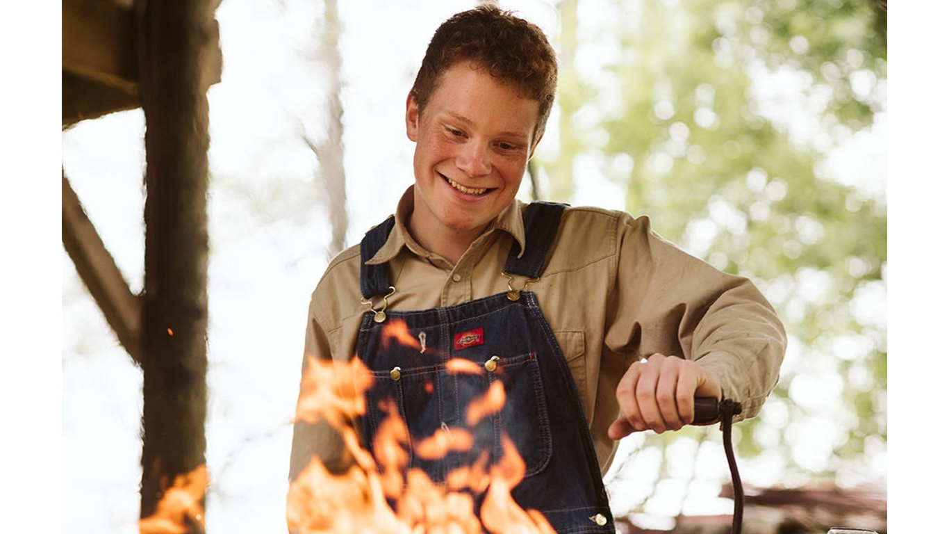 "University freshman Cade Jenkins won first place in History channel's TV series ""Forged in Fire,"" taking home the  $10,000 cash prize."