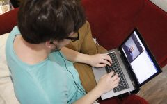 Students express challenges of adapting to online classes