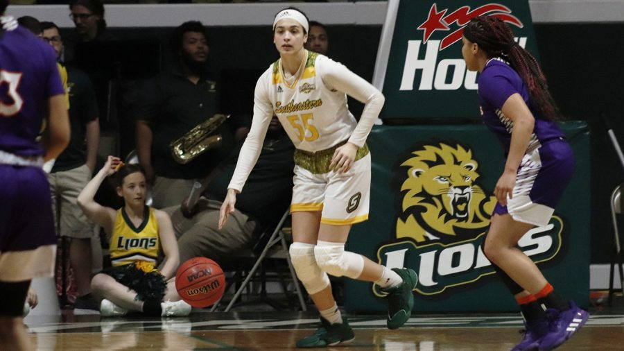 Freshman+guard+Hailey+Giaratano+scored+four+points+and+three+assists+in+the+win+over+Northwestern+State+University.+Southeastern%E2%80%99s+next+match+up+is+on+the+road+on+March+4+against+Central+Arkansas+University.+