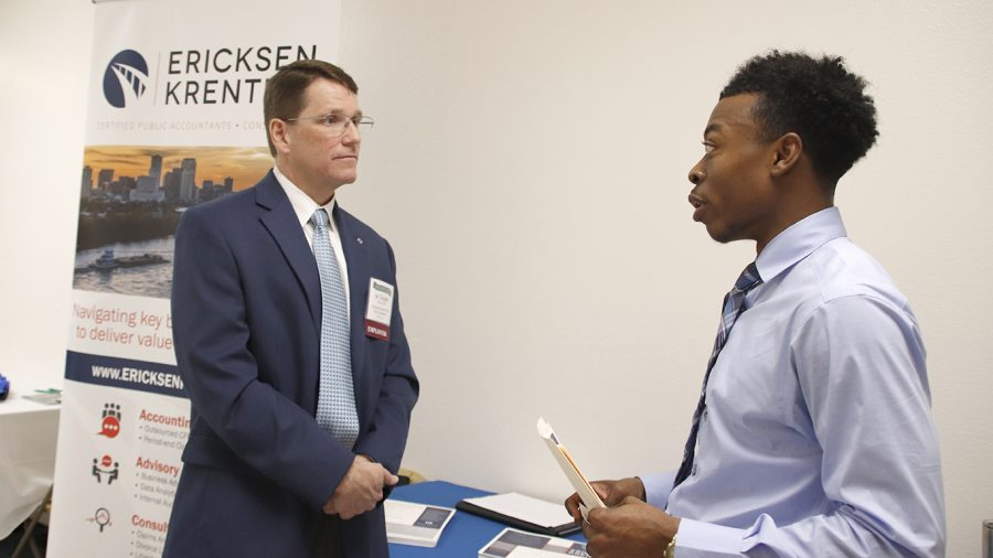 A student connects with an employer at the 2019 Biz-Connect career fair. 2021 Virtual Biz-Connect offers networking and career search opportunities for business students. The event will take place over Zoom through student-scheduled sessions with professionals on Thursday, March 11 from 9 a.m. to 3 p.m.