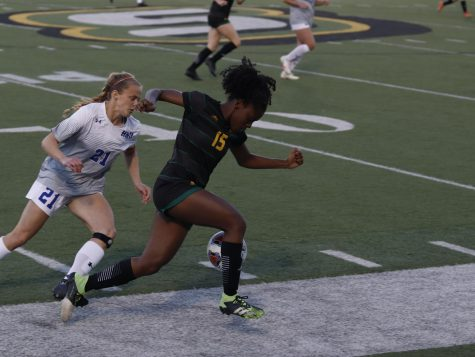 Forward Ellie Williams runs the ball during Southeastern's match against Houston Baptist on April 1.
