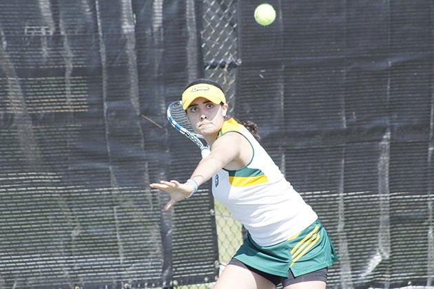 Tennis starts conference play