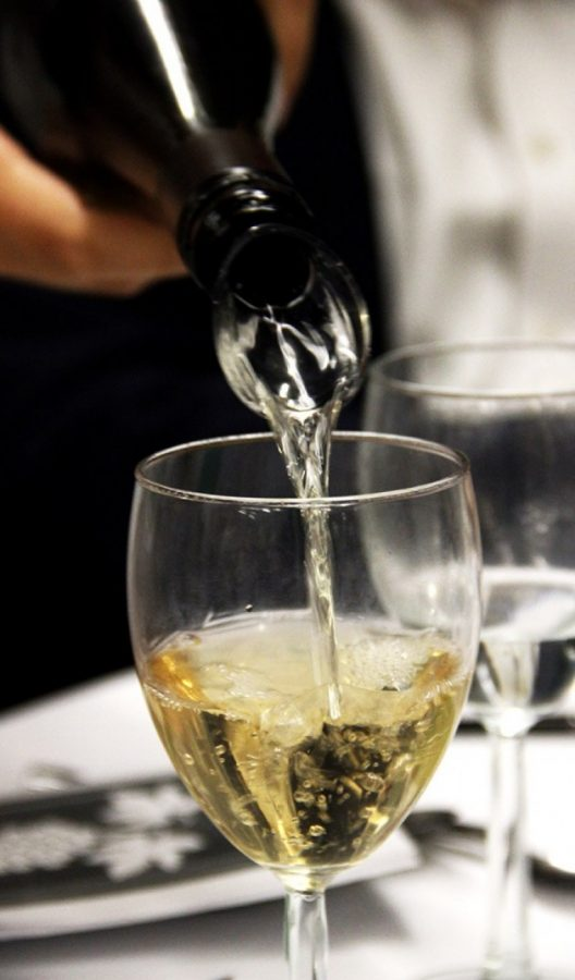 Library hosts ninth annual 'Wine with Friends'