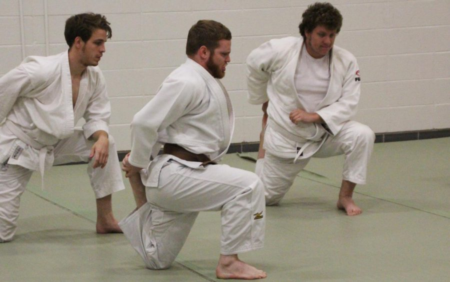 The+university+judo+club+offers+students+an+opportunity+to+practice++judo%2C+a+form+of+martial+arts.+Professor+of+Physics+Dr.+Sanichiro+Yoshida+and+David+Lloyd+instruct+students+in+judo.+