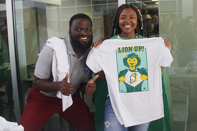 Larry Overton, a senior biological sciences and psychology double major, and Ricketta Griffin, a junior social work major, pose at