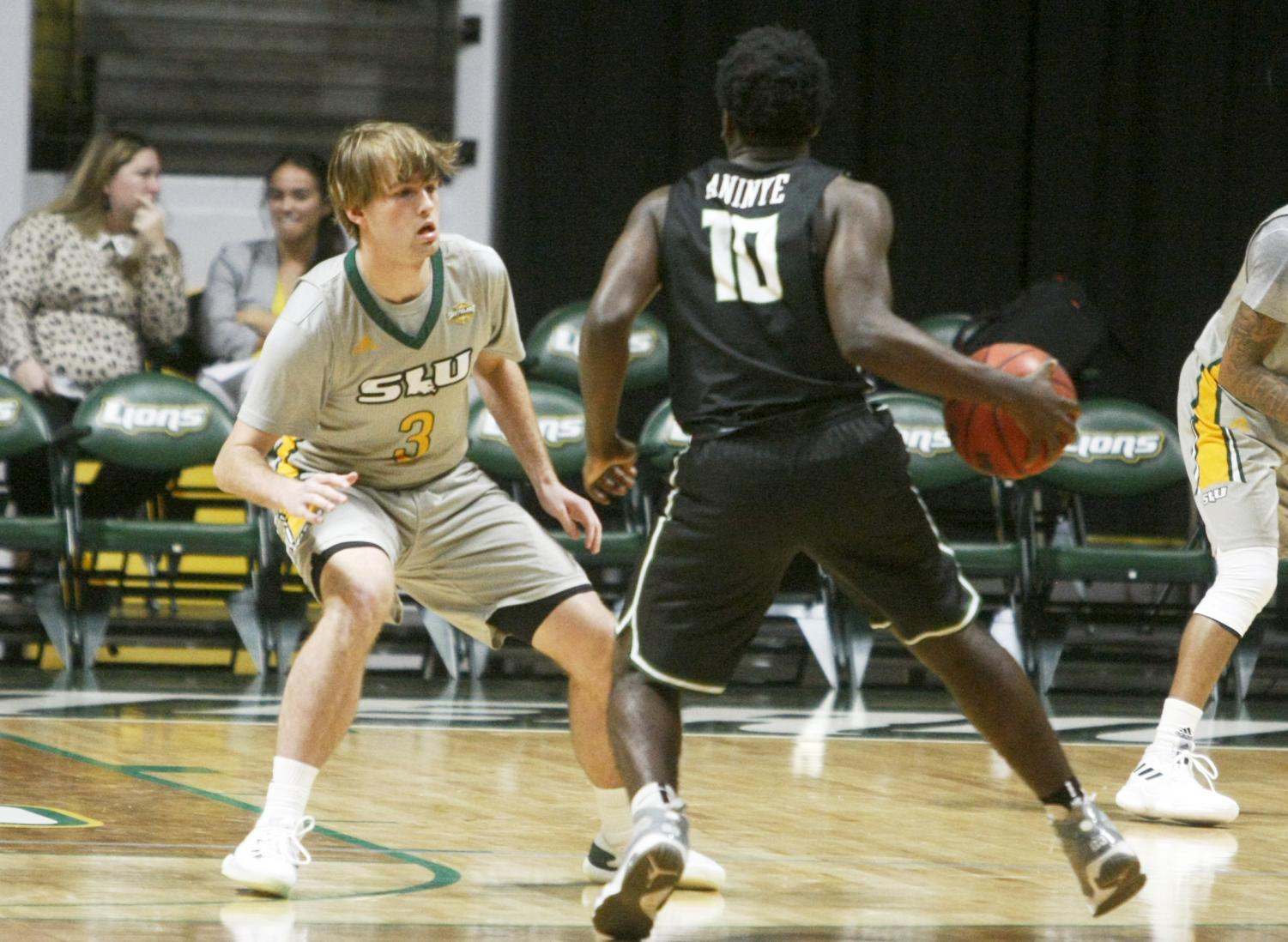 Freshman Guard Parker Edwards began his college basketball career in the fall of 2018 at the university. Since then, he has gained some recognition for the Game against Louisiana State University where he scored 25 points in 10 minutes.