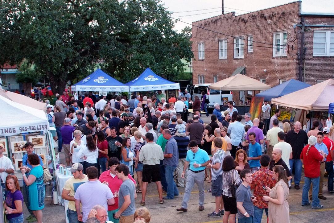 Pendant le festival des arts Brews, les participants pourront goûter à la meilleure bière artisanale de la brasserie locale. Des brasseries telles que Gnarley Barley, Bayou Teche Brewing, Southern Craft Brewing et Tin Roof Brewing Company, entre autres, devraient y participer.