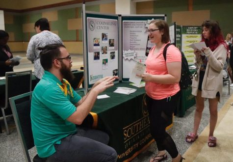 Freshmen connect with student organizations