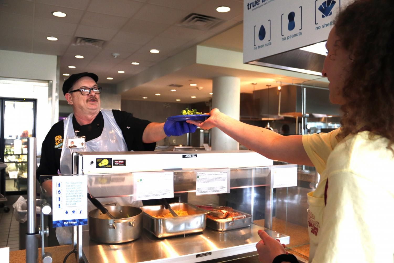 Students, faculty and staff who suffer from allergies can use the allergenic free food line at the Mane Dish.