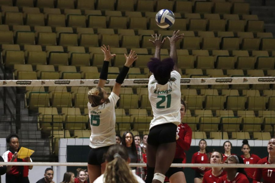 The+Lady+Lions+volleyball+secured+a+position+in+the+Southland+Tournament+after+winning+3-1+against+Nicholls+State+University+Colonels+on+Nov.+12.