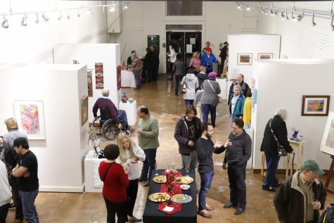 The Hammond Regional Arts Center hosted its annual Fine & Functional event to support local artists and allow visitors to purchase handmade gifts for the holiday season.