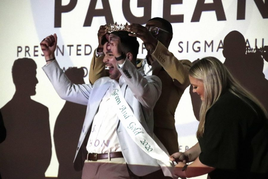 Tyler+Hoskins+was+crowned+Mr.+Green+and+Gold+2020+on+Nov.+6.+Alpha+Sigma+Tau+hosted+the+pageant+as+a+chapter+fundraiser.