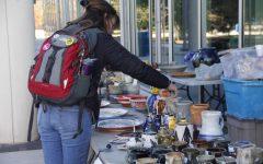 Ceramics club hosts holiday sale