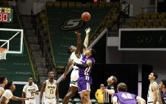 University basketball takes loss against Abilene Christian