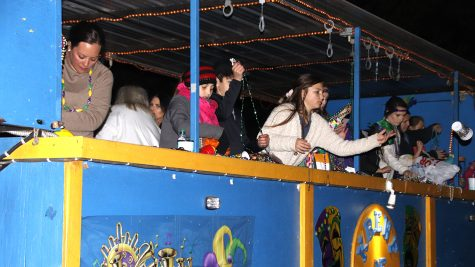 Local parade celebrates Mardi Gras history