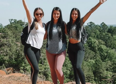 Staff reporter, Gabrielle Wood, and her roommates Megan Leblanc (middle) and Hadley Hebert (right) pose after hiking at Red Bluff, Miss.